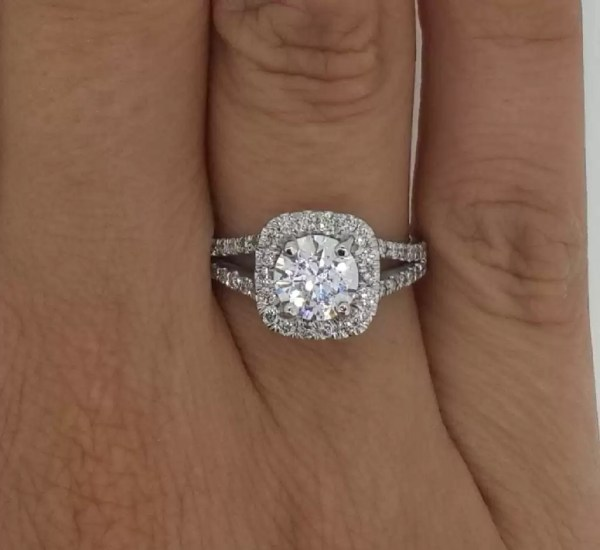 2.05 Carat Round Cut Diamond Engagement Ring 18K White Gold