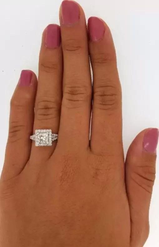 2.05 Ct Princess Cut FVs2 Diamond Solitaire Engagement Ring 18K White Gold 3