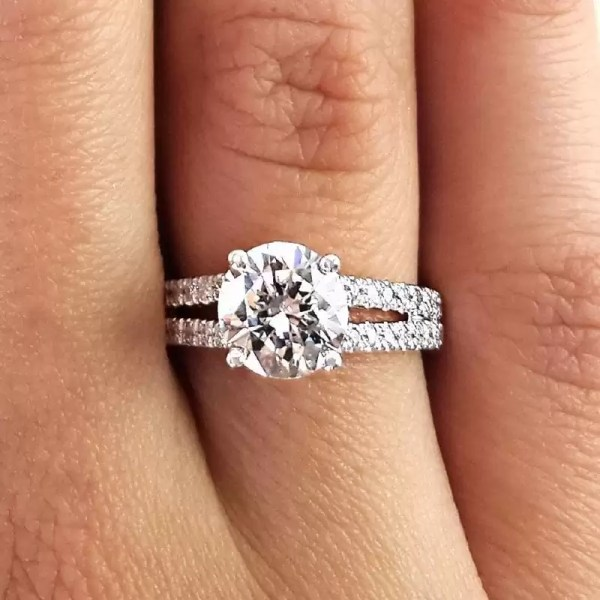 2.20 Ct Round Cut DSi1 Diamond Solitaire Engagement Ring 14K White Gold