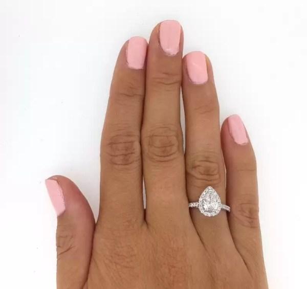 2.5 Carat Pear Cut Diamond Engagement Ring 18K White Gold