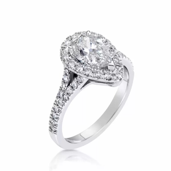 2.5 Ct Pear Shape Cut DSi1 Diamond Solitaire Engagement Ring 18K White Gold 4