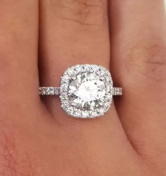 2.78 Ct Round Cut DSi1 Diamond Halo Solitaire Engagement Ring 14K White Gold