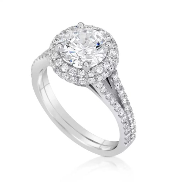 4.10 Ct Round Cut FVs2 Diamond Solitaire Engagement Ring 18K White Gold 3