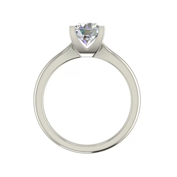 4 claw Solitaire 1 Carat Round Cut Diamond Engagement Ring