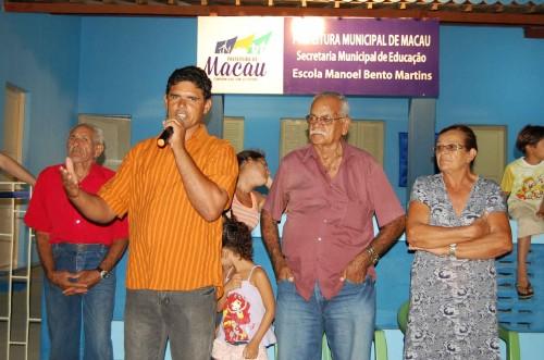 Líder comunitário Luiz Antônio elogia  e agradece o beneficio em nome da comunidade