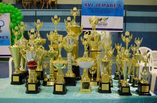Troféus do XVI - Jogos estudantis Jemar´s