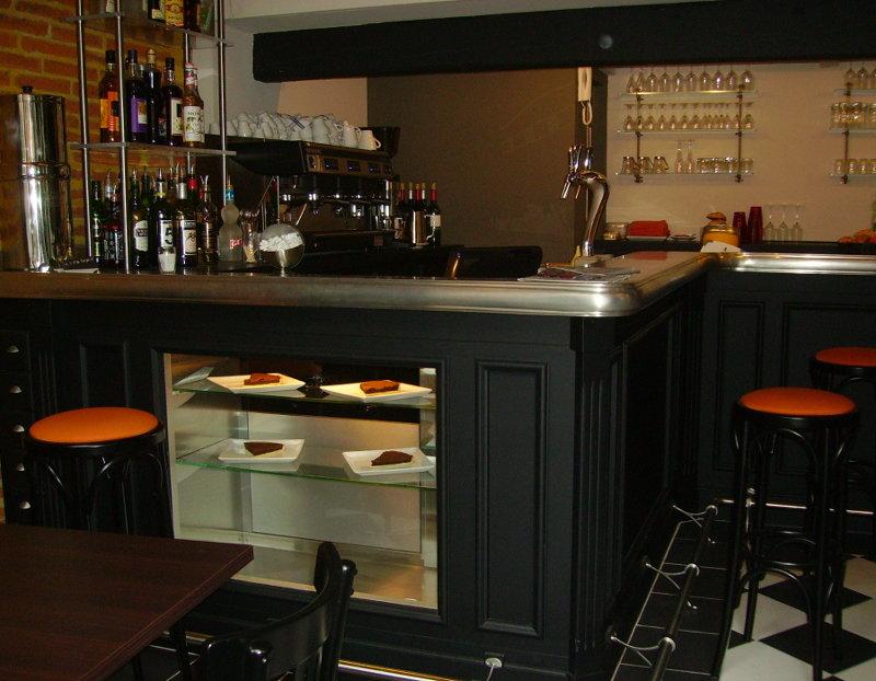 Meuble bar avec vitrine
