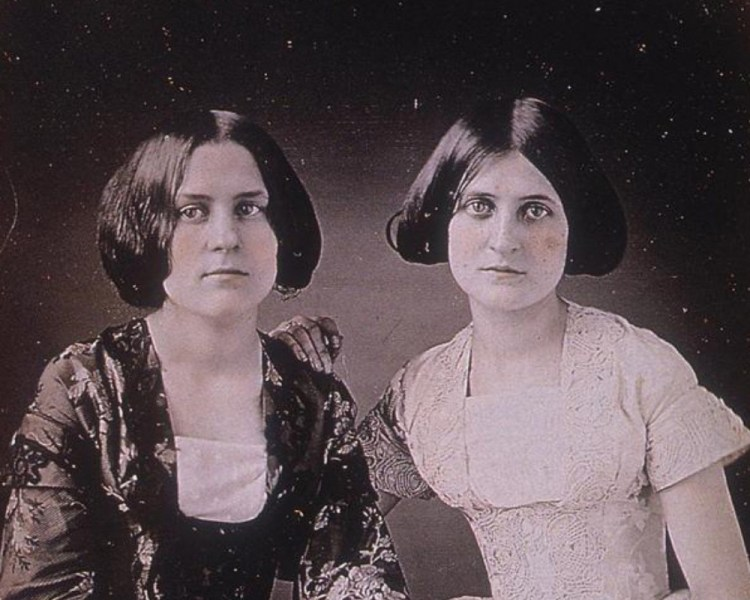 Mediums victorianos: Kate y Margaret Fox