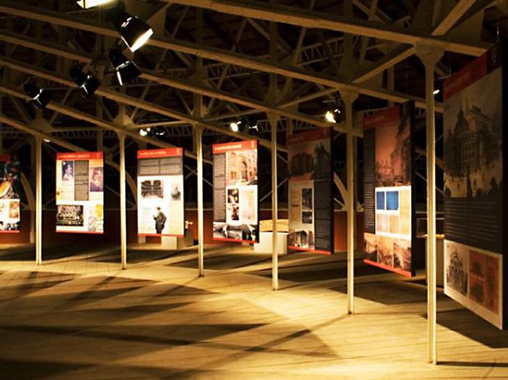 La exposición en el techo del Teatro Falla