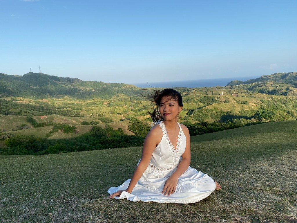 "ALT=""the beautiful scenery of batanes island"""