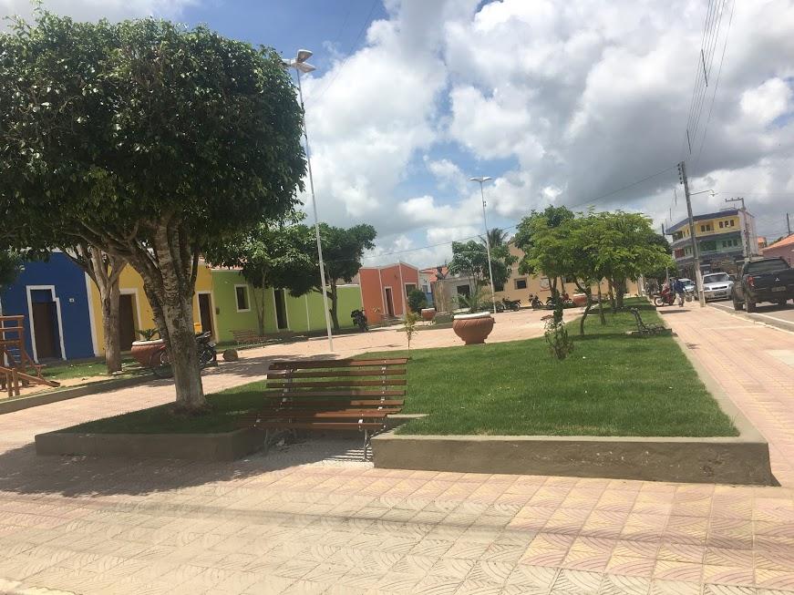 IMG_5231  VÍDEO - Prefeito Vital Costa entrega praça Getúlio Vargas revitalizada em Araruna IMG 5231