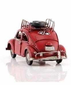 سيارة معدن أحمر اللون بالطراز القديم 6