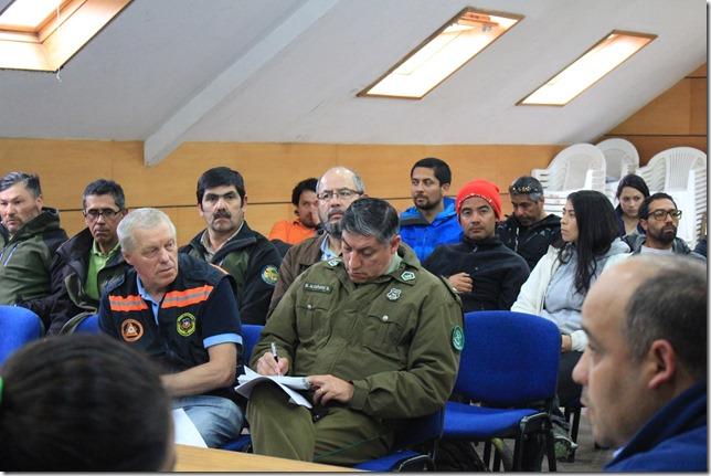 FOTO reunión informativa protocolo subida al volcán 2