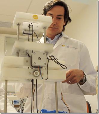 Juan Pablo Acevedo y Robots vasos sanguíneos