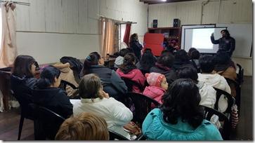 FOTO taller derechos laborales mujer 1