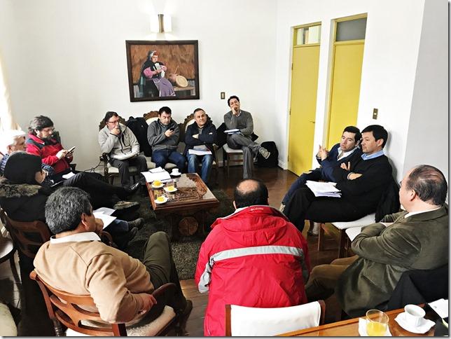 Reunión de trabajo de Dirección de Vialidad con Municipalidad de Lautaro para mejorar condiciones en caminos de la comuna (3)