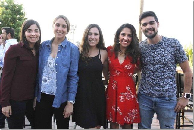 Javiera Ávila, Carla Schoo, Belén Peralta, Carla Bustos y Eduardo Astudillo