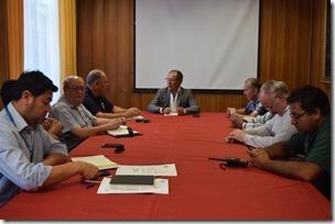 Alcalde de Villarrica se reúne con autoridades de Bomberos