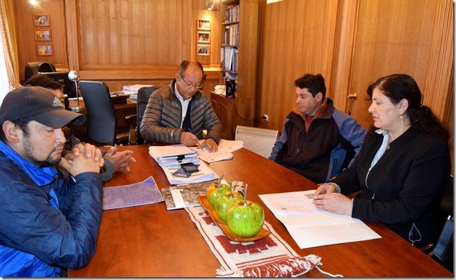 Municipalidad entrega en comodato terreno al Club Deportivo Afunalhue  (1)