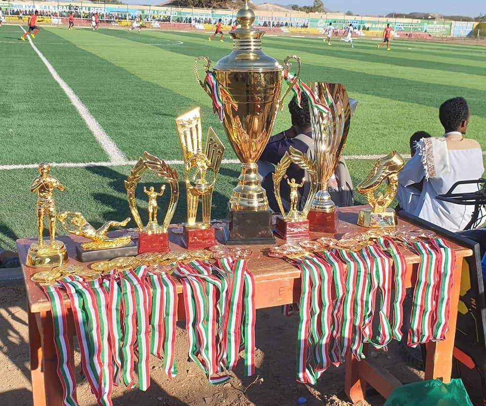 Koobabka iyo Abaalmarinaha Tartanka Boorama Cup. Araweelo News Network.
