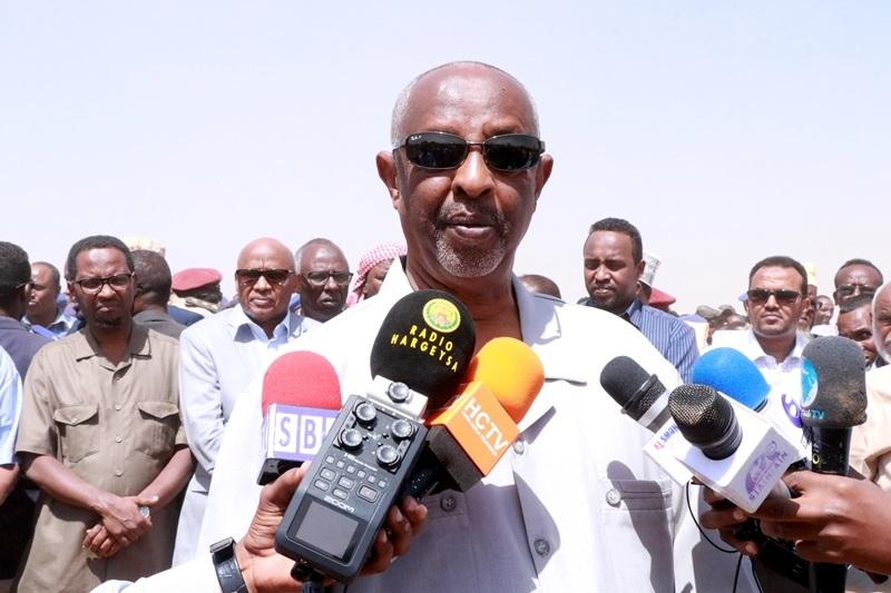 Wasiirka Arrimaha Gudaha Somaliland Maxamed Kaahin oo ka hadlaya  Aaska Taliyihii Booliska Somaliland 2 Nov 2019,Hargeysa.