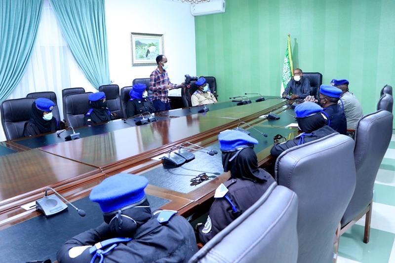 Madaxweynaha Somaliland Muuse Biixi oo la kulmay Hablo Boolis ah