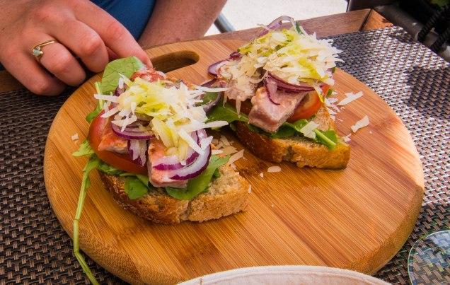 Tuna bruschetta, Gusta Me, dining in Dubrovnik, Dubrovnik Restaurants, arboursabroad, dubrovnik itinerary