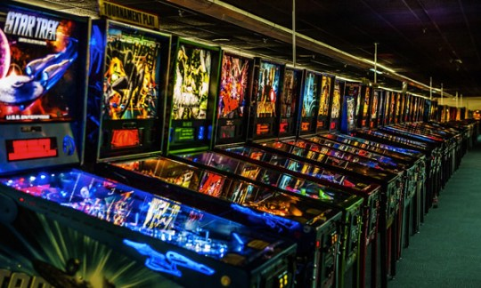 Arcade Expo     Southern California Over 1 100 Retro to Modern PINBALL   ARCADE GAMES