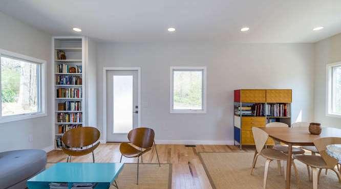B-Line Modern Cottage - Living room