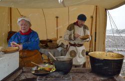 Eating warm stew in the Roman kitchen
