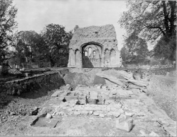 Archive photograph of open-plan excavations in the 1920s revealing remains of the Anglo-Saxon churches, looking west. (Photo: Glastonbury Abbey)