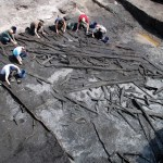 Excavating-the-central-platform-copyright-POSTGLACIAL-project