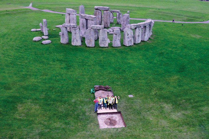 Did the people buried at Stonehenge come from Wales?