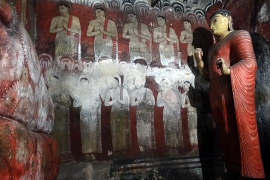 Dambulla Cave Temple-Sri Lanka-Chandima Ambanwala (1)