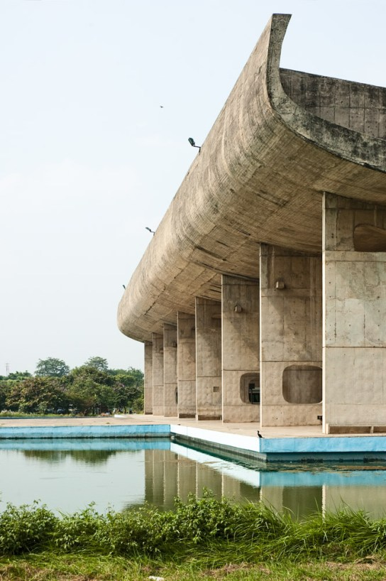 archaic_Chandigarh Assembly | Le Corbusier6
