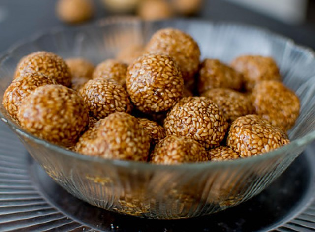 Image result for til ke laddu