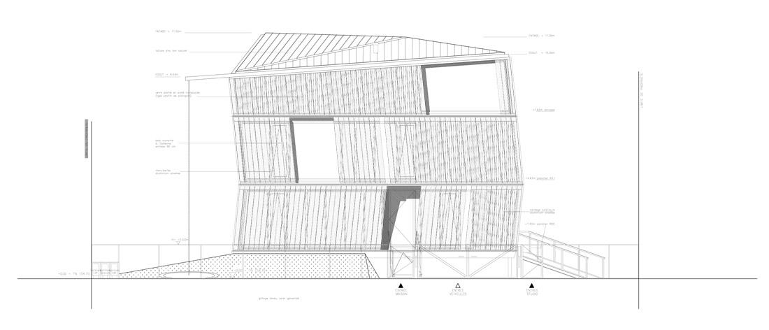 1299089784-fachada-este east façade