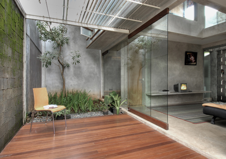 D-minution House
