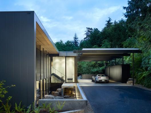 Wood Block Residence