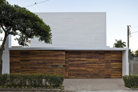 Office Refurbishment / Alan Chu & Cristiano Kato