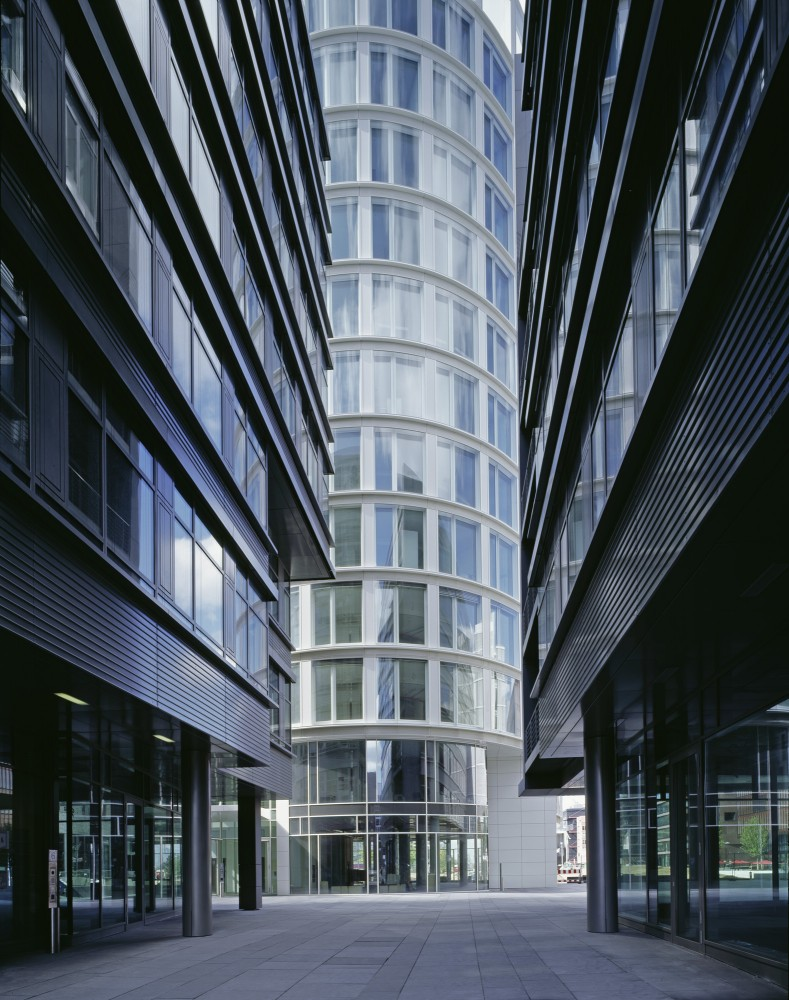 International Coffee Plaza / Richard Meier & Partners (2) © Klaus Frahm
