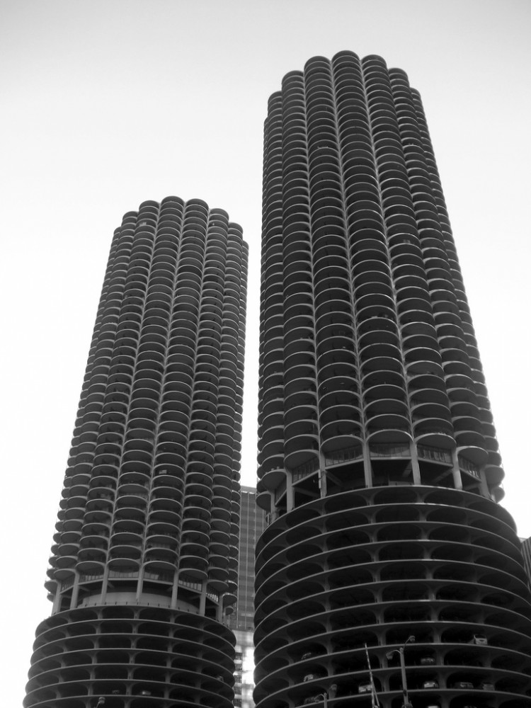 marina city_TRAFFIK [US] © Flickr User: TRAFFIK [US]