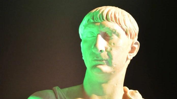 Busto di Traiano