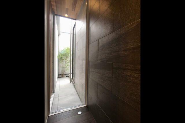 No.112 小金井市注文住宅:N邸事例 玄関ホールの画像