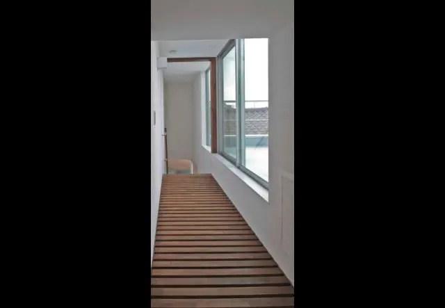 9.練馬区注文住宅の廊下
