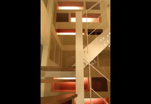 4.練馬区注文住宅の階段2