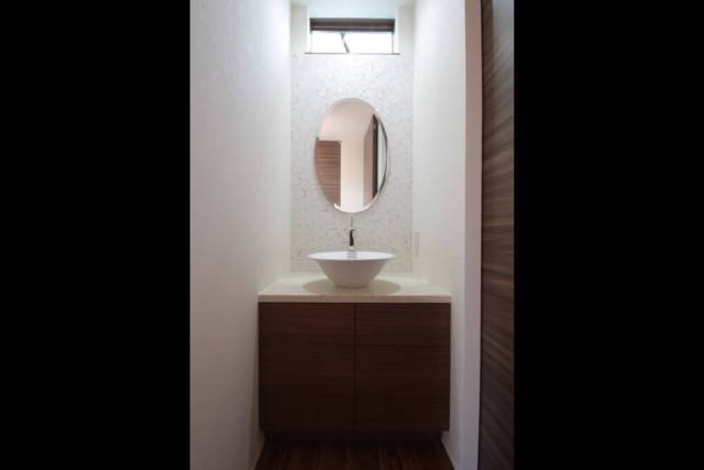 世田谷区注文住宅:TK邸の洗面化粧台の画像