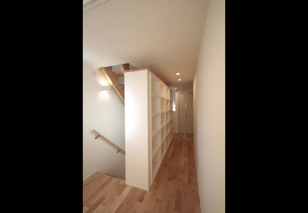 練馬区注文住宅:NY邸の造作本棚