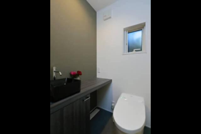 三郷市注文住宅:SO邸 トイレ手洗いの画像