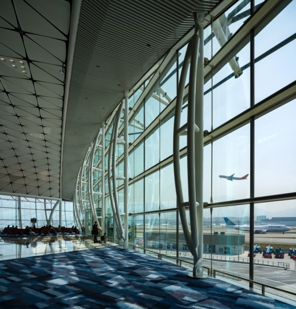 Hong Kong International Airport Midfield Concourse by ...